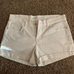 White old navy boyfriend shorts